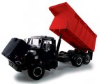 First Gear International Dump Truck in Black/Red