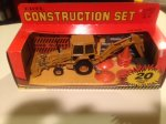 Ertl Ford 555 Backhoe Loader 1:32