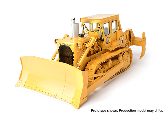 Caterpillar D9H Track-Type Tractor 1/24th scale - Click Image to Close